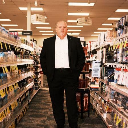 Ben Dugan Works for CVS. His Job Is Battling a $45 Billion Crime Spree.