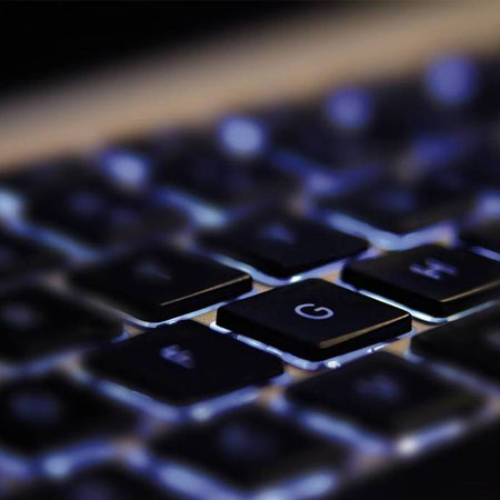 Feds arrest former California state IT worker in alleged dark web counterfeit drug scam